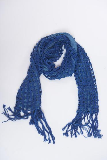 Blue scarf knitted with fringes