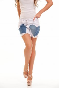 Ocassion Hearted White Short