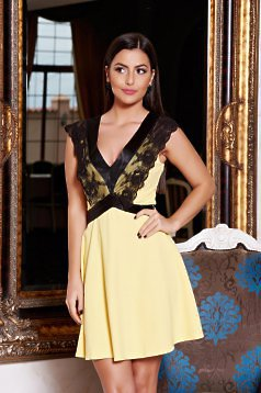 Artista Vulnerable Lace Yellow Dress