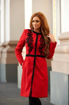 Palton LaDonna Embroidered Fall Red
