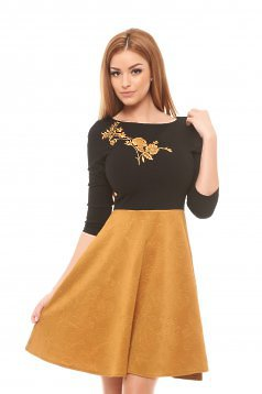 StarShinerS Modern Embroidery Gold Dress