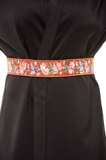 StarShinerS red belt embroidered with floral prints