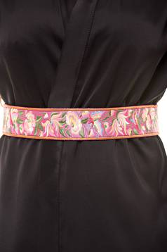 StarShinerS Traditional Pink Embroidered Belt