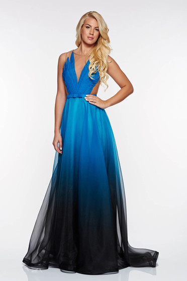Ana Radu occasional turquoise veil dress with a cleavage