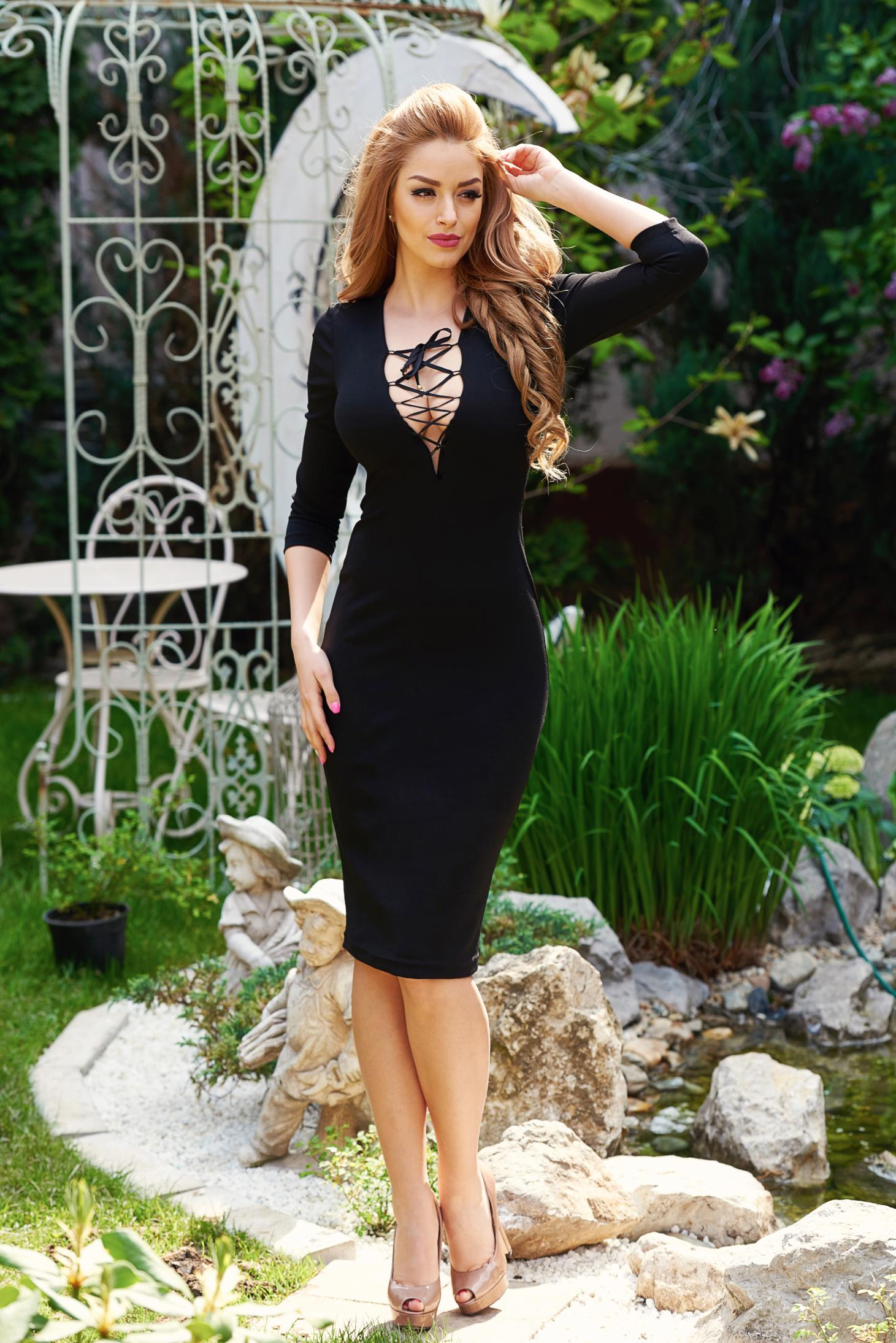 StarShinerS Provocative Black Dress
