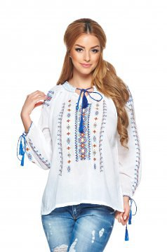New Style White Blouse