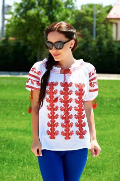Gentility White Traditional Blouse