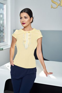 Fofy Simple Knot Yellow Shirt