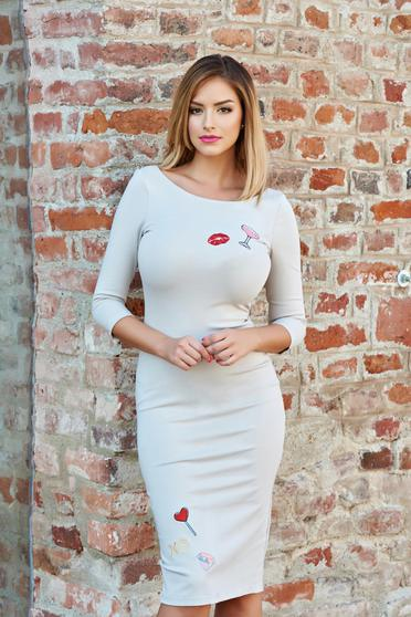 StarShinerS embroidered cream pencil dress with 3/4 sleeves