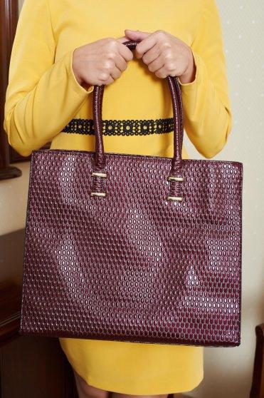 Engaging Style Burgundy Bag