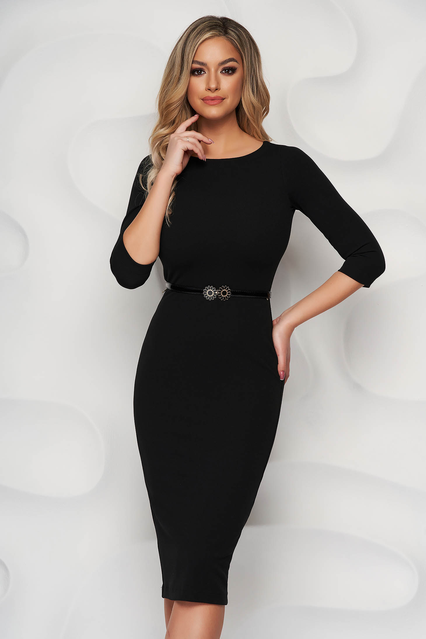 StarShinerS black dress accessorized with belt pencil from elastic fabric