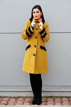 LaDonna Best Look Yellow Coat