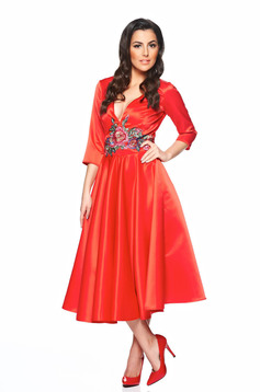 Artista Famous Embroidery Red Dress
