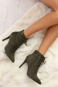 Wonderful Walk DarkGreen Ankle Boots