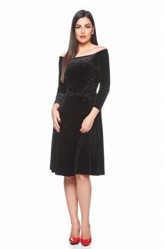 LaDonna Sovereign Style Black Dress