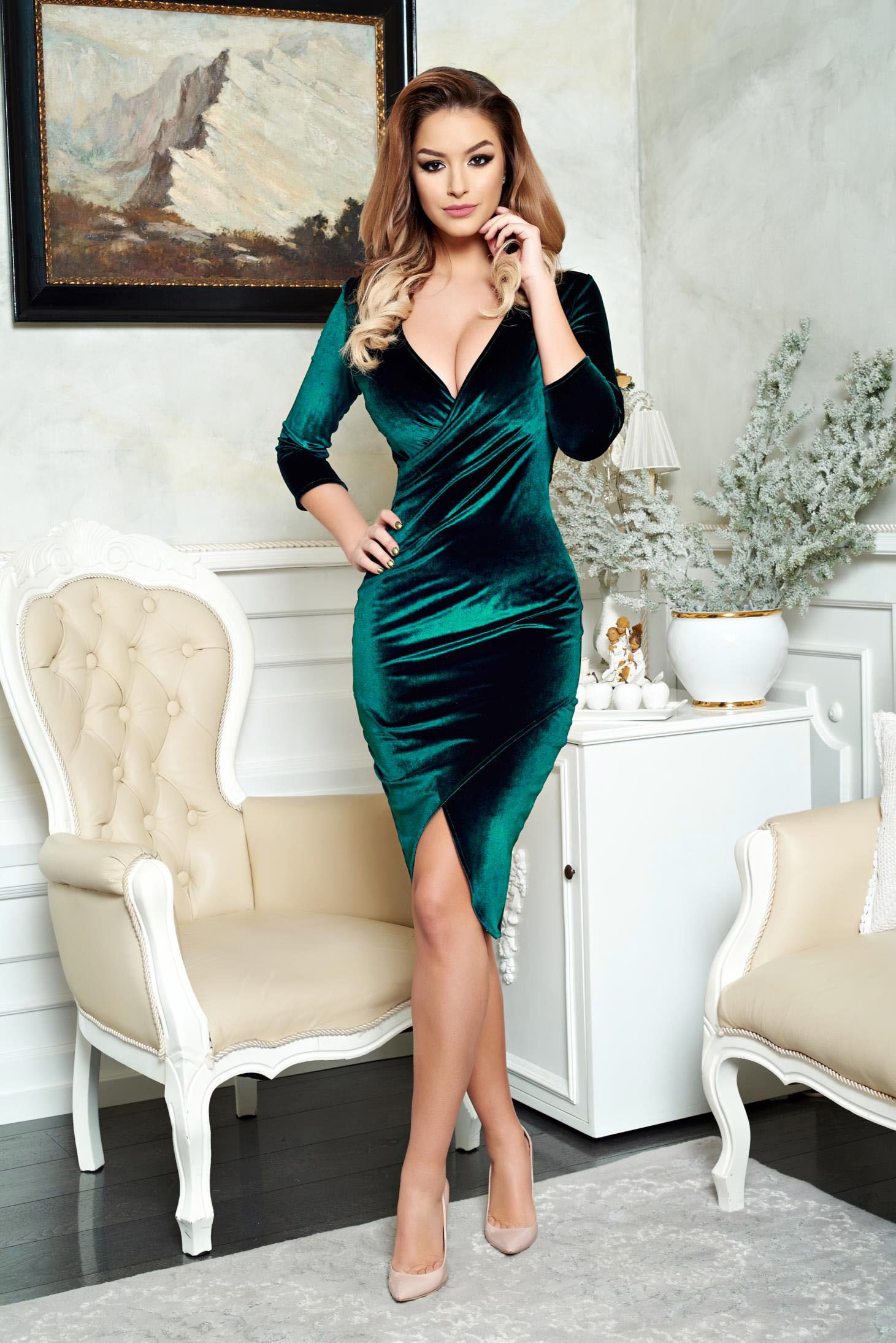 StarShinerS green pencil elegant dress from velvet