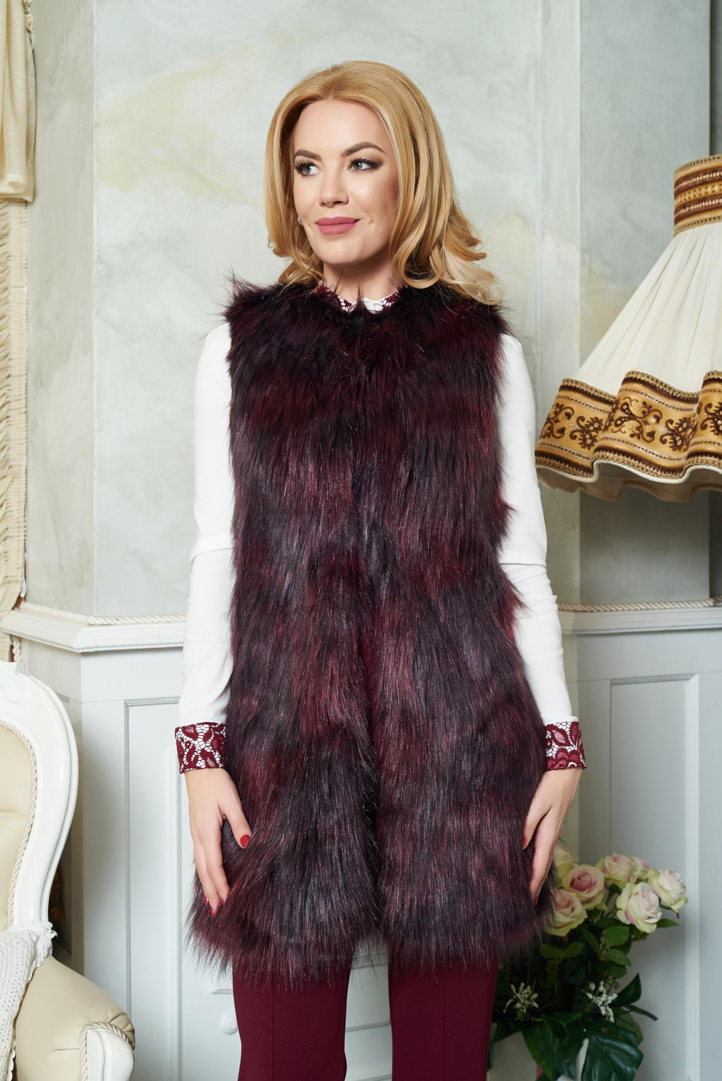 Vesta De Blana LaDonna Winter Design Burgundy