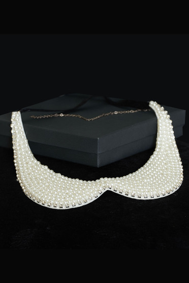StarShinerS Graceful White Necklace