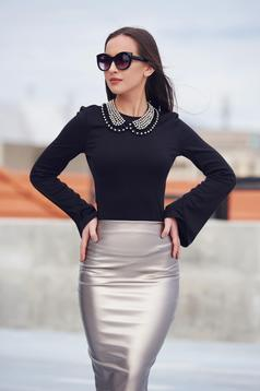 StarShinerS black women`s blouse with bell sleeves