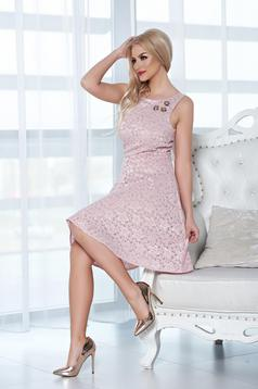 StarShinerS rosa laced dress with embellished accessories