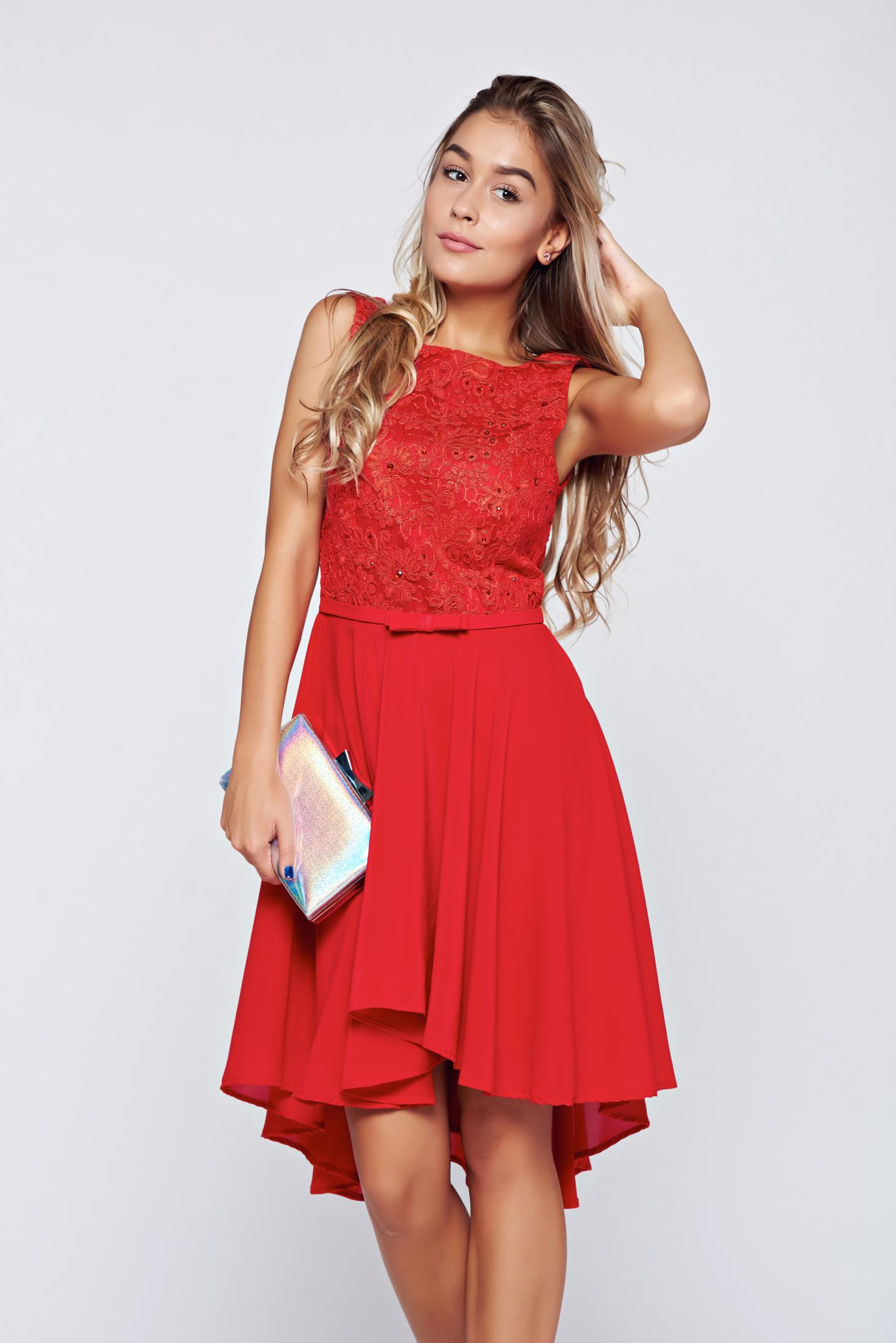cb6f0be94a Piros StarShinerS virágmintás bő alkalmi ruha