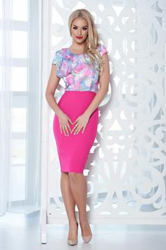 StarShinerS pink dress with floral print and ruffle details