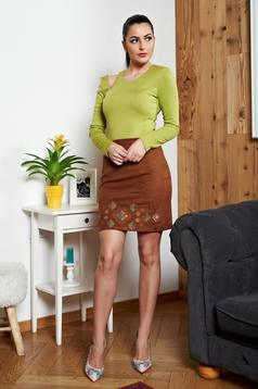 StarShinerS brown high waisted embroidered skirt