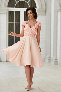 StarShinerS peach short sleeve occasional dress cloche