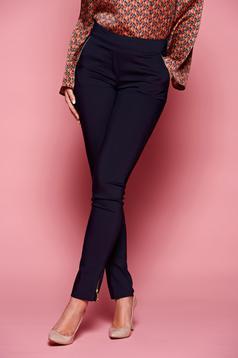 Fofy Joyfull Figure DarkBlue Trousers