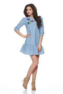 PrettyGirl daily blue dress with embroidery details