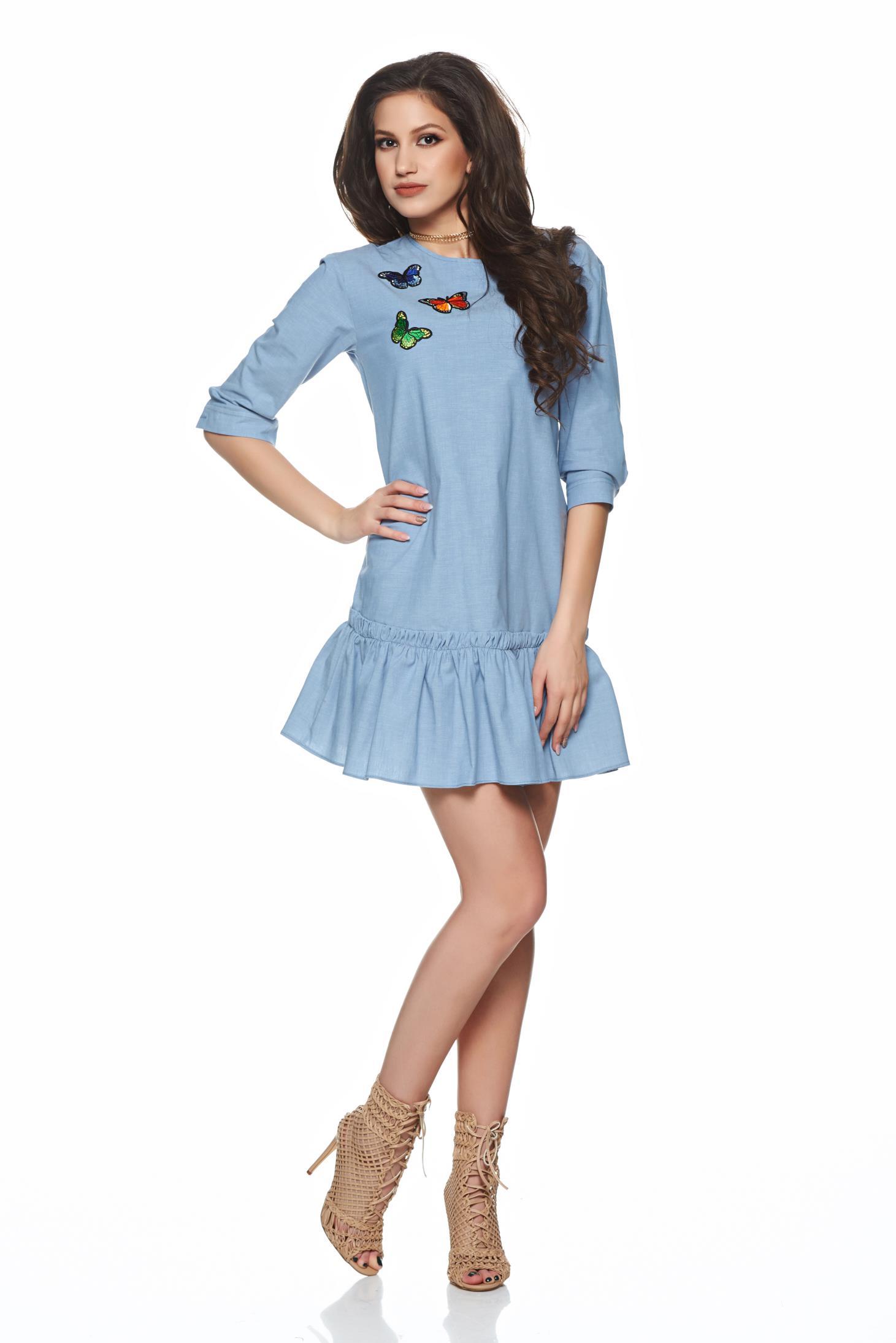 Rochie PrettyGirl albastra de zi brodata din bumbac cu volanase la baza rochiei