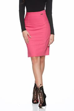 PrettyGirl casual pink skirt with medium waist