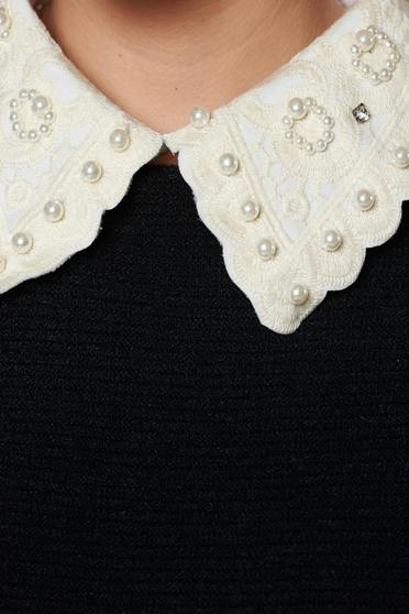 StarShinerS cream necklace with pearl embellished details