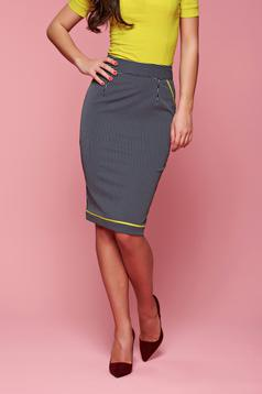 Fofy midi darkblue skirt with vertical stripes