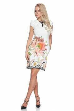 Fofy daily white dress with pockets and floral print