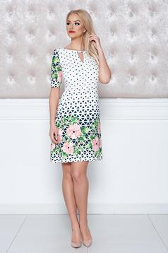 Easy cut LaDonna white dress with graphic print