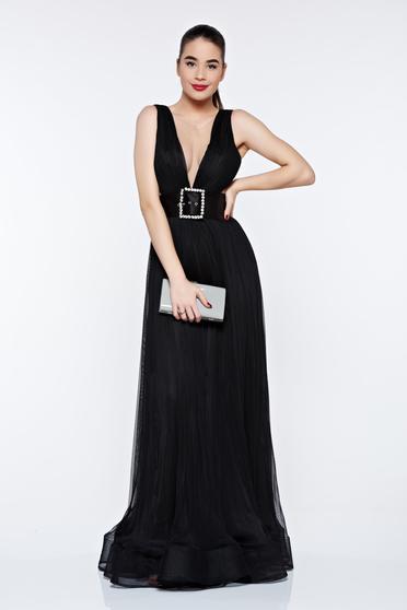 Black evening Ana Radu dress accessorized with belt