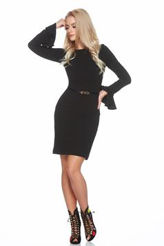 StarShinerS bell sleeves black dress with an accessory