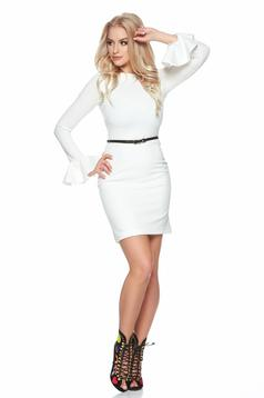 StarShinerS bell sleeves white dress with an accessory