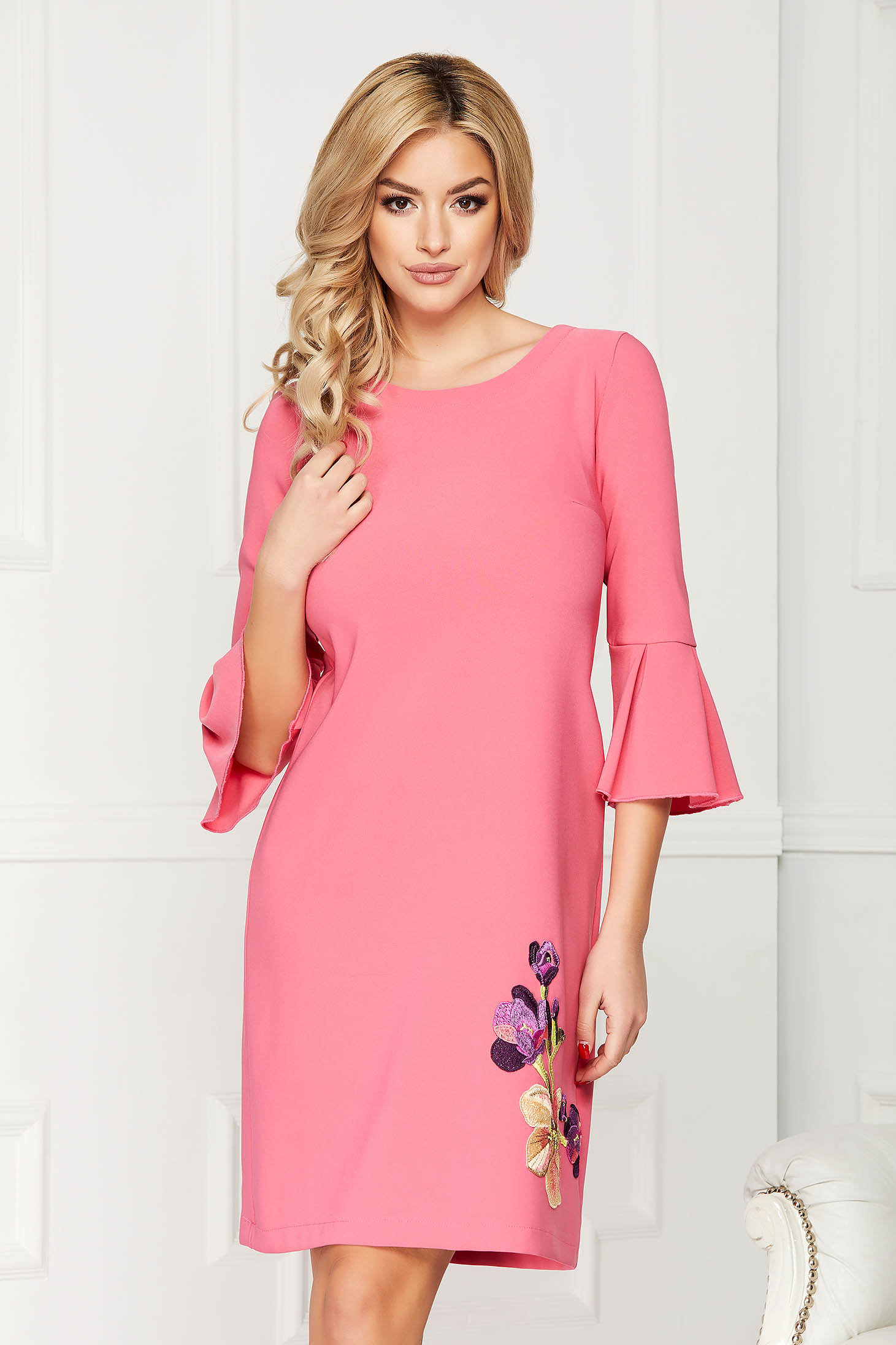 StarShinerS fuchsia dress with embroidery details with easy cut elegant short cut cloth with bell sleeve