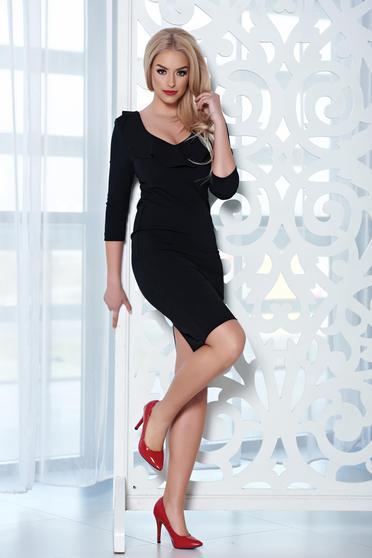 StarShinerS elegant midi black dress with a cleavage
