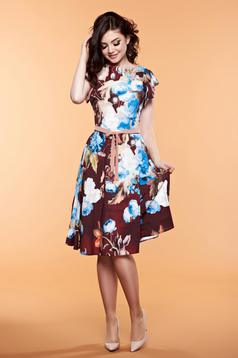 LaDonna brown dress with floral prints accessorized with tied waistband