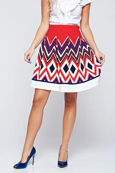 Cloche Fofy red skirt with medium waist with graphic details