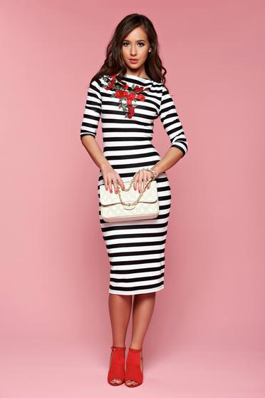 Stripes StarShinerS midi black dress with embroidery details