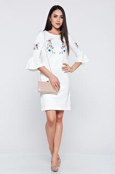 StarShinerS white elegant embroidered dress with bell sleeves
