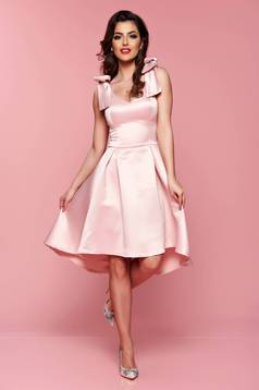 Artista rosa asymmetrical dress with push-up bra and bow accessories