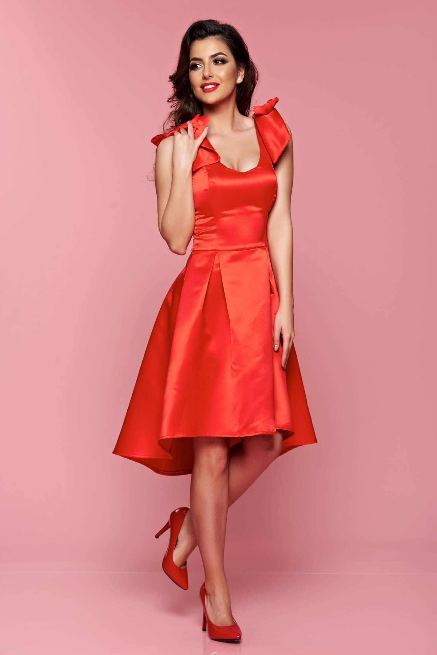 Rochie asimetrica Artista rosie cu push-up accesorizata cu fundite