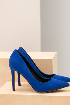 Top Secret blue slightly pointed toe tip shoes