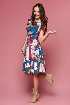 LaDonna blue dress with floral prints accessorized with tied waistband