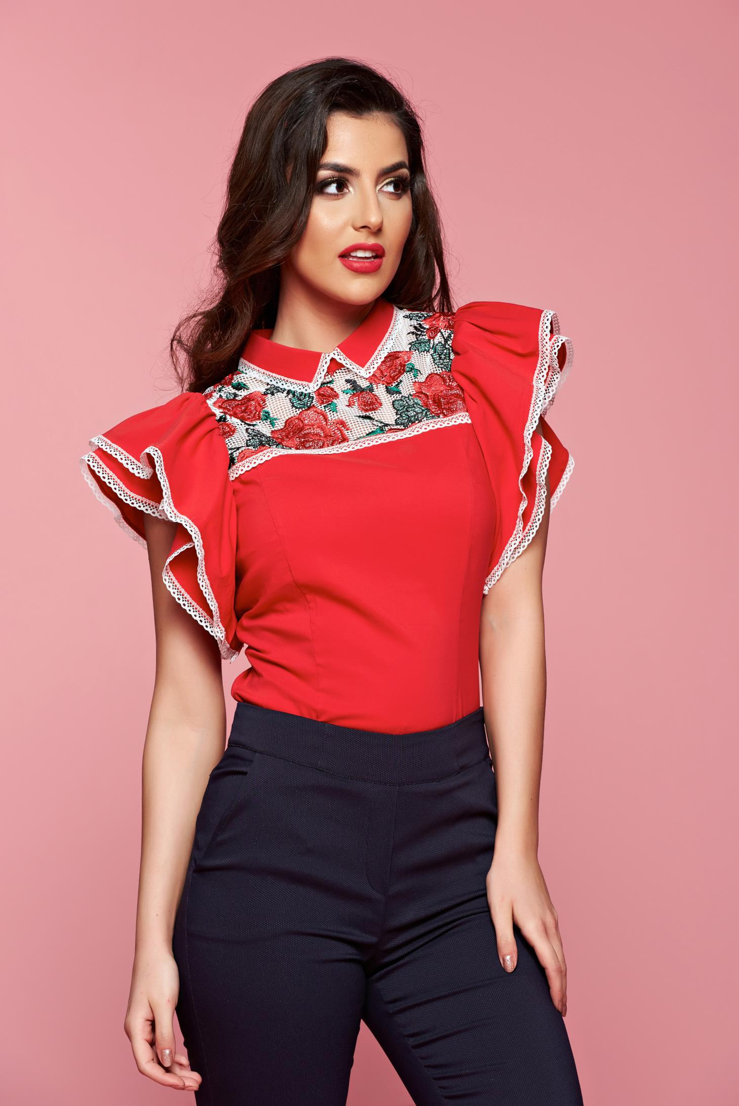 Camasa dama cu maneci tip fluture Fofy rosie cu insertii de broderie